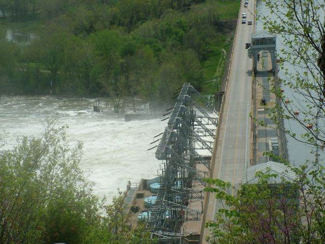 The Bagnell Dam and the Osage River as seen from the Ovelook.