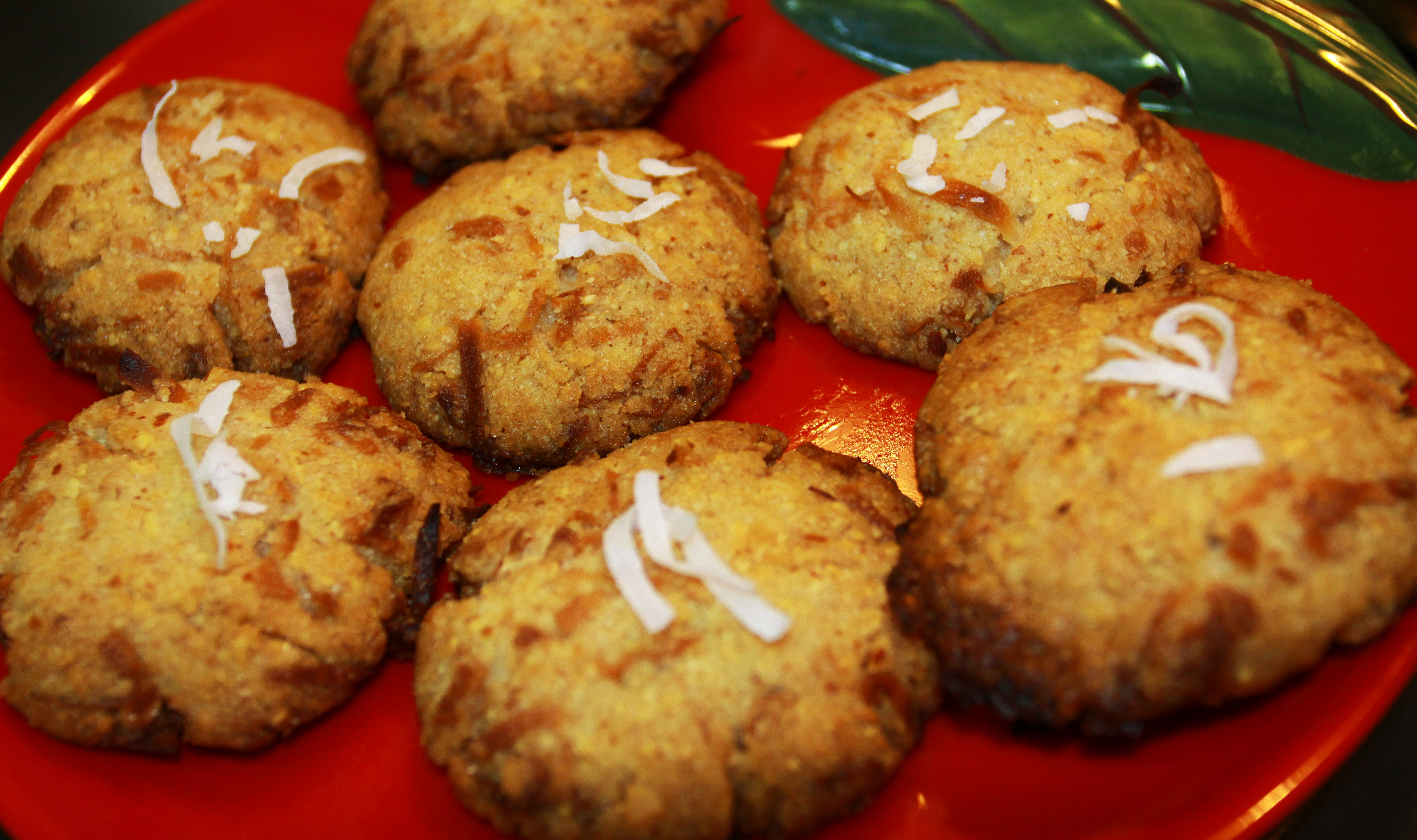 Crunchy Coconut Almond Biscuits – Home made Using just 5 ingredients ...